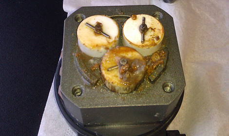 Lack of scheduled preventive maintenance on this chromatography auto-injection pump resulted in product loss, as well as costly, extensive damage to the entire pump. Early detection of the cracked pump cylinder, through regular preventive maintenance, could have greatly reduced the cost of repair on this unit.